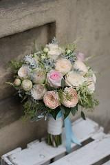 Bb1 (Marmarinka) Tags: bride bouquet roses flowers flores white blanco ramo
