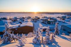 Wekweeti (2017) (VRileyV) Tags: wekweeti nwt northwestterritories community sunrise nt winter 2017 frozenlake trees building snowsun