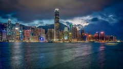 night lights victoria habour (Klaus Mokosch) Tags: victoriaharbour night nigtshot longexposure water ocean hongkong asien asia china urban city hdr klaus mokosch reflection cloud architecture color bluehour visipix