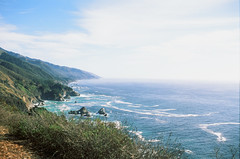 blue (thaiscavalcanti) Tags: bigsur california centralcalifornia monterey hwy1 highwayone roadtrip pacificcoast westcoast