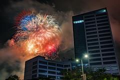 Round 2 - Boom! (Lemuel Montejo) Tags: fireworks sinulog cebu 2017 lexmark ayala business park night long exposure lemuelmontejo
