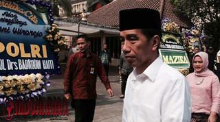 Jokowi Berduka Cita Atas Wafatnya KH Hasyim Muzadi