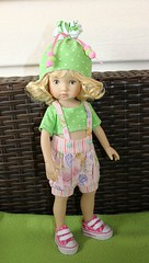 Daniela... (dambuster01) Tags: doll vinyl daniela limitededition tuesdayschild boneka 10inches yosd diannaeffnere