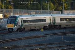 22014 departs Heuston, 7/10/15 (hurricanemk1c) Tags: dublin irish train rail railway trains railways irishrail rok rotem heuston 2015 icr iarnród 22000 22014 éireann iarnródéireann 4pce islandbridgejunction heustonconnolly