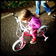 Georgie on the bike, Cramond (billyrosendale) Tags: summer bike bicycle kids cycling scotland edinburgh x biking planet georgie latesummer cramond kaffenback