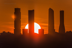 Atarecer en Madrid . El sol cae tras las torres 2 _DSC6966 M em c ma (tomas meson) Tags: madrid sunset over