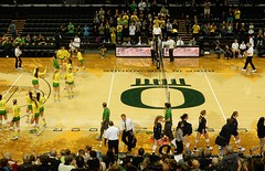 Univ of Oregon vs Cal (LarrynJill) Tags: college sports oregon athletics university ducks competition eugene uo volleyball mattarena
