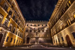 Palazzo Salimbeni - Monte dei Paschi di Siena