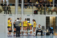 GO4G3467_R.Varadi_R.Varadi (Robi33) Tags: game girl sport ball switzerland championship team women action basel tournament match network volleyball block volley referees viewers