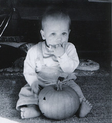 Pumpkin Wa (fxb81) Tags: white black pumpkin 60s blacknwhite