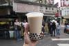 陳三鼎黑糖青蛙鮮奶創始店 Chen San Ding, brown sugar bubble tea stand (roboppy) Tags: bubbletea taiwan taipei boba streetfood foodstand milktea gongguan bobatea chensanding
