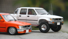 Hilux Low Ride & Wide (vitaraman) Tags: cabin ride low wide double aoshima hilux