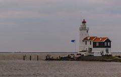 _DML1385 (duncen.mcleod) Tags: windmill ren marken zaanseschans molens paardvanmarken oudehuisjes ren