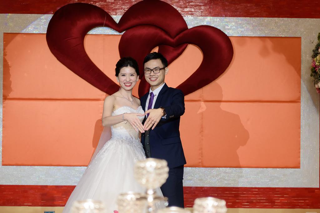 Wedding day-0073 ,僑園婚攝,台中僑園,僑園婚宴,新秘Alice ,婚攝小勇,台北婚攝, 小淑造型團隊