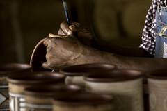 Anglų lietuvių žodynas. Žodis artisan reiškia n amatininkas lietuviškai.