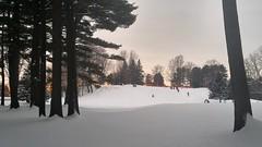 Plaisir hivernal (Amiela40) Tags: glissade glisse hiver plaisir montagne fun sunset