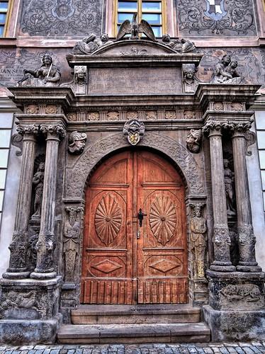 Старая дверь. Кутна-Гора, Чехия