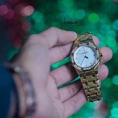 """I don't want a lot for Christmas There is just one thing I need """"All I want for Christmas is you"""" (hussain abdullah aL_essa) Tags: hussain007007 hussainphotos hussain alessa 85mm bokeh green red watch luxury fashion style photo photographer photography photooftheday photoshop photograph photos depthoffield nikon nikkor d7000 hello2017 bye2016 merrychristmas royaloak audmarspiguet gold white hand حسينالعيسى حسين العيسى happynewyear2017 happynewyear"""