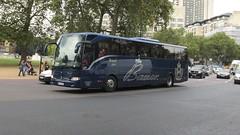 PAN EH 180, Duke of Wellington Place, London, 21/09/16 (aecregent) Tags: dukeofwellingtonplace london 210916 londonbuses2016 bauer royalclass mercedes tourismo paneh180
