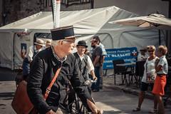 Festival des moisson à Provins. (sebastienloppin) Tags: sebastienloppin canoneos60d photographe photographer photographie reims wwwsebastienloppincom provins facteur festival street photography bestof