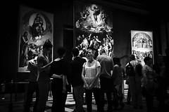Bored by Art (Matthias Matula) Tags: rome vatican roma rom italy italia vatikan europe museum art boring woman yawning sony 28mm indour dark painting candid street hidden black white