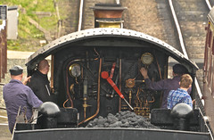 DRIVING A MANOR (chris .p) Tags: railway steam manor nikon d610 view footplate capture gwr spring 2017 gloucestershire england march toddington dinmoremanor