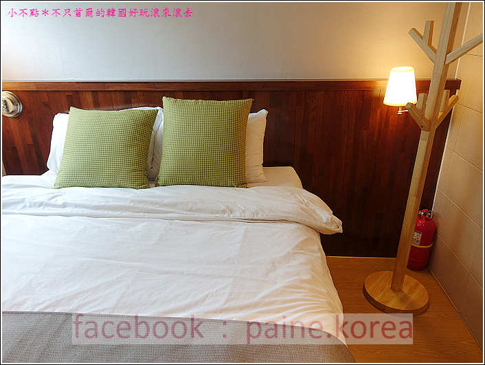 弘大Loft8 Hostel (16).JPG