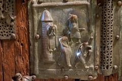 DSCF4010.jpg (Darren and Brad) Tags: italy italia verona beheaded sanzeno bronzedoors portabronzea basilicadisanzenomaggiore