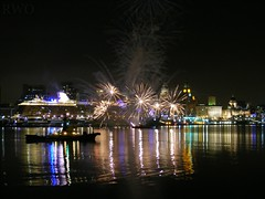 Mein Schiff 4 Departure (Liverpool Suburbia) Tags: cruise liverpool fireworks mersey merseyside 2015 meinschiff4