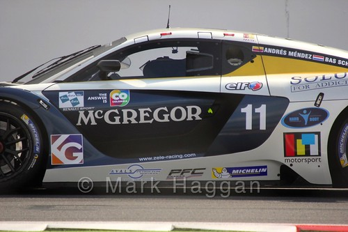 The Renault Sport Trophy Endurance Race at the 2015 WSR at Silverstone