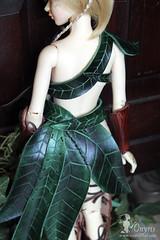 Druidic set - back (Onyris) Tags: leaves leather leaf doll medieval elfe fantasy armor bjd druid bois feuilles tatiana msd armure cuir elfic druide iplehouse