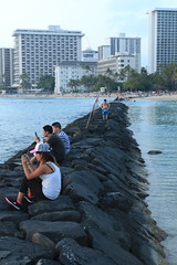 2015 - Hawaii (Mark Bayes Photography) Tags: sunset hawaii town paradise locals oahu honolulu hnl statecapital hawaiianislands shelteredbay oahu thegatheringplace kuhiobeachpark koolau thebigpineapple cityandcountyofhonolulu waianae crossroadsofthepacific countyofhonolulu haaheonoohonolulutheprideofhonolulu