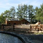クィーンズメドウ・カントリーハウス(QMCH)の馬付住宅(馬100頭)プロジェクトの写真