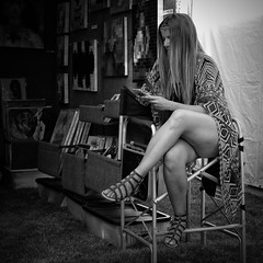 Cottonwood Art Festival, 10/15, Exhibitor (1mpl) Tags: bw monochrome dallas texas streetphotography richardson cottonwoodartfestival niksilverefexpro olympusomdem1