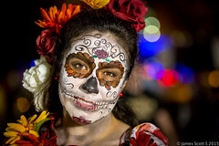 20151102 5DIII FtLaud Day of the Dead 9 (James Scott S) Tags: street portrait halloween canon scott dead james us costume high raw day dof unitedstates florida bokeh fort candid makeup s iso lauderdale fortlauderdale fl 70200 ef lrcc 5diii