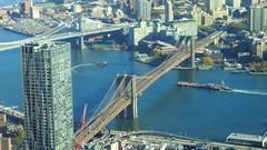 New York: Brooklyn-Bridge & Manhattan-Bridge span over the East River
