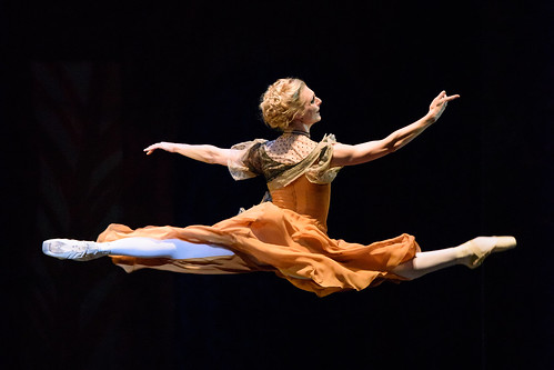 Zenaida Yanowsky and Marcelino Sambé win National Dance Awards 2017