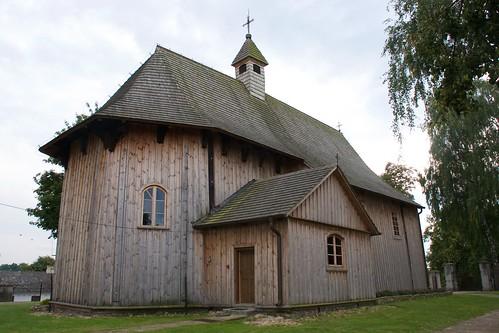 Kościół w Boguszycach z północnego wschodu