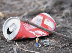 Litterbugs (amanda_shirlow) Tags: macro miniature mini micro microworlds miniatureworld microscopic tinypeople tiny tinyworld small summer scale hoscale humour ho littlepeople lilliput