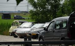 Classic Citroëns (peterolthof) Tags: peterolthof hoogkerk citroën