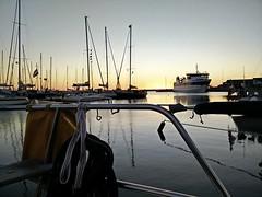 Viele Grüße von der Nordlicht! Wir liegen im Hafen der Insel Anholt und genießen den Sonnenuntergang.