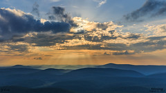 Relaxing- August 28, 2015 (zachary.locks) Tags: world blue sunset summer sun mist green fog clouds landscape outdoors top relaxing hills wv westvirginia rays moutains rolling easygoing spruceknob cy365 zlocks