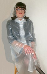Plastic Mac (Miss Pakamac) Tags: plasticraincoat plasticmac vinylraincoat pakamac vinylmac