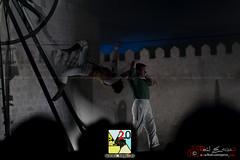 Cirque Rouages (PeRRo_RoJo) Tags: portrait espaa rock stone wall night lights luces noche circo circus retrato sony acrobat es alpha muralla slt piedra vila castillaylen acrobacia funambulista funambulist acrbata a77ii ilca77m2 sonya77ii 77ii