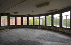 Domino (jgurbisz) Tags: windows abandoned pennsylvania decay nj asylum vacantnewjerseycom jgurbisz embreevillestatehospital