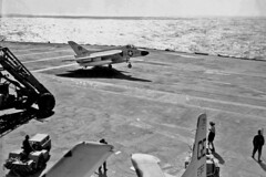 VF-101 F4D-1 Skyray AP-113 (skyhawkpc) Tags: airplane aircraft aviation navy 1957 douglas naval usnavy usn skyraider vf101grimreapers usssaratoga 132762 cva60 f4d1 ge70 ap113 unkbuno ea1ead5w vaw12bats