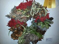 Wreath by Nicole Yanagihara (GovdocsGwen) Tags: wreath christmasberry honoluluhale