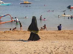 Ecran total (GeckoZen) Tags: bali indonesia sanur beach plage