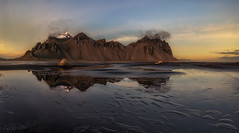 Stokksnes and the Vestrahorn (Toni_pb) Tags: islandia iceland seascape stokksnes vestrahorn minimalist mountain montaña nikon nature landscape d810 nikkor142428 paisaje water waterscape reflejo reflection dawn sunset light warm