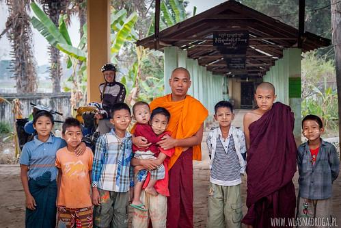 Sympatyczny Mnich, który udzielił nam gościny